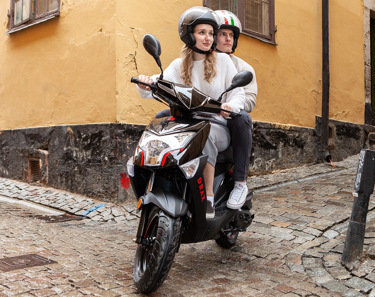Drax Raw 45km/h Svart Euro5 Moped