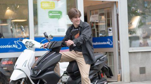 Köp online och hämta din scooter körklar nära dig